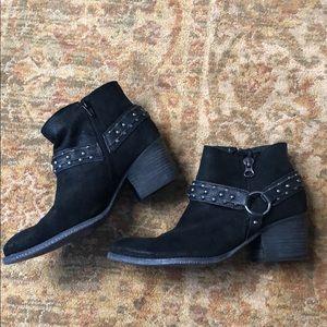 Crown Vintage studded Booties 9.5 M